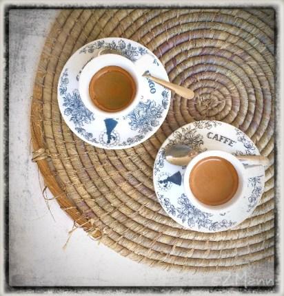 z widokiem na stół   zapiski podróżne Elba   kawa