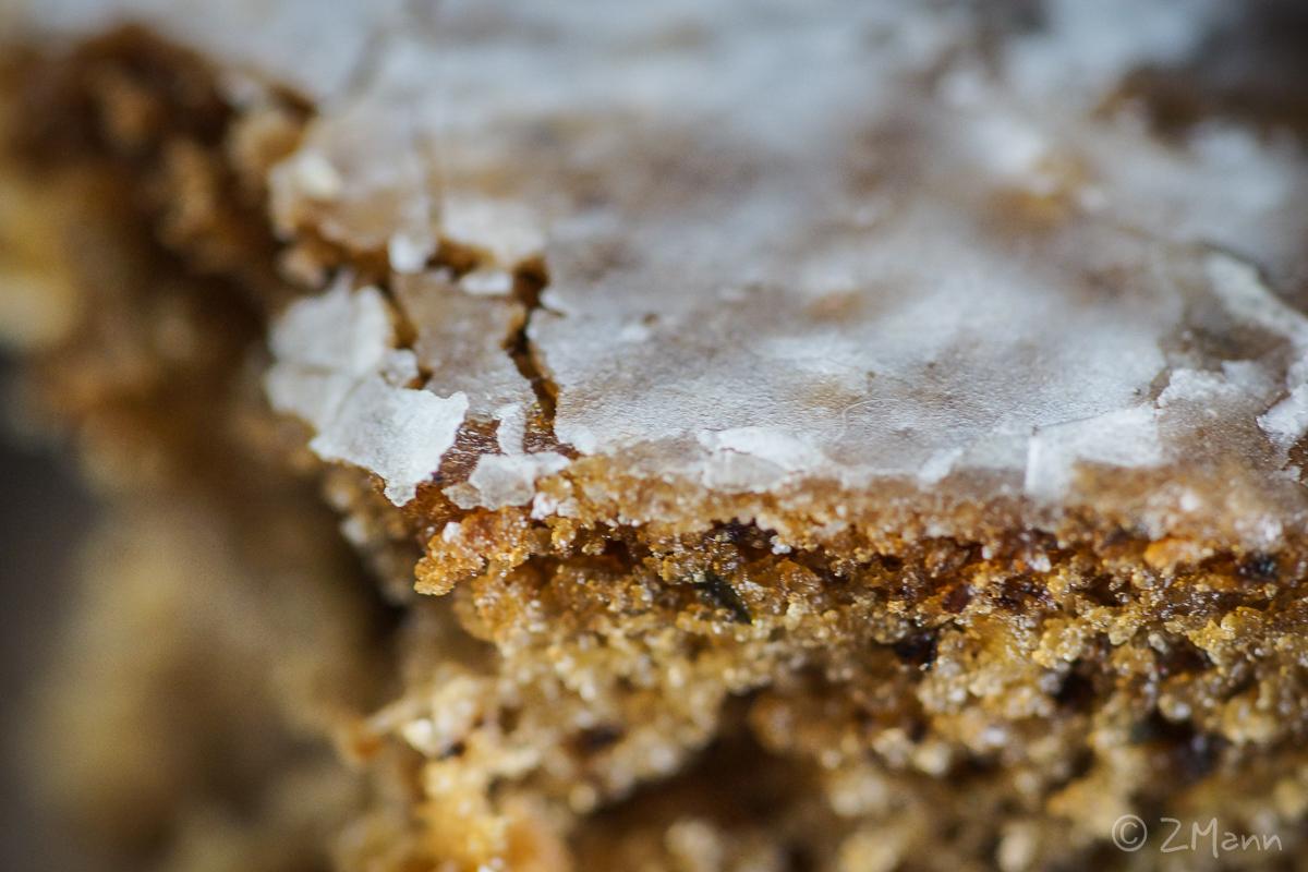 z widokiem na stół | włoskie ciasto z cukinii i orzechów