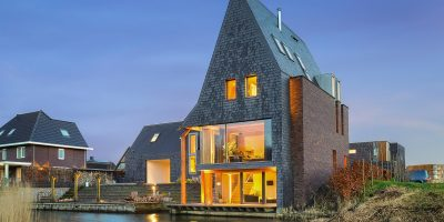 Een moderne villa op kavel in Almere