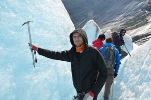 W labiryntach lodowca Nigardsbreen Norwegia