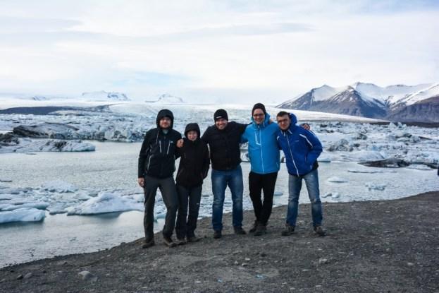 Ekipa przy lagunie Jokulsarlon Islandia