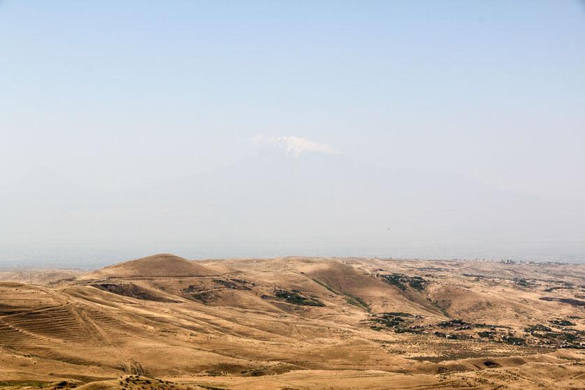 Krajobraz Armenii z Araratem w tle Armenia