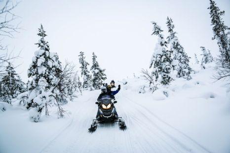 Wycieczka na skuterach śnieżnych 2 Finlandia