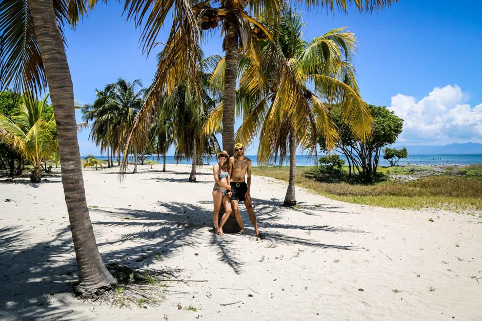 Pod palmami Cayo Blanco Kuba