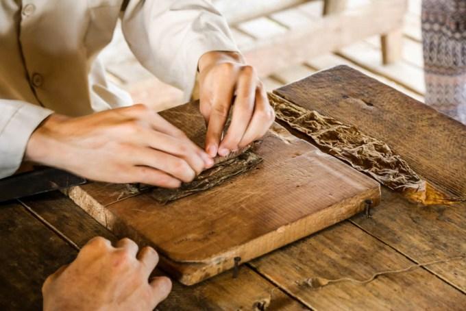 Produkcja cygar w Dolinie Vinales