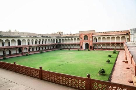 Indie Agra Fort dziedzińce