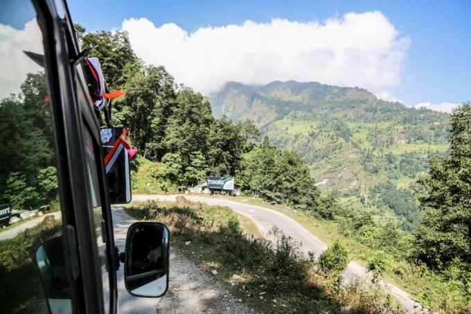Nepal trekking do ABC autobus do Nayapul 2
