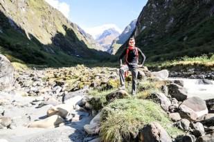 Nepal trekking do ABC dolina potok 2