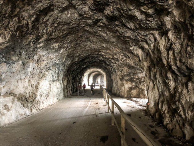 Tunel na trasie Via del Ponale