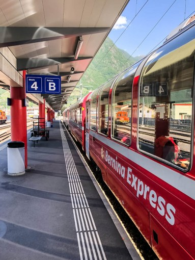 Kolej Bernina Express w Tirano
