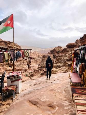 Petra na drodze na Monastyr