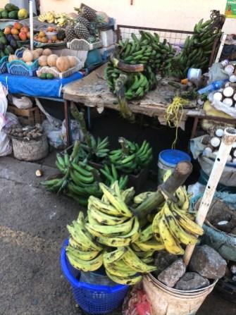 Tanzania Moshi targ banany