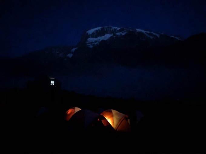 Trasa Machame baranco camp noca