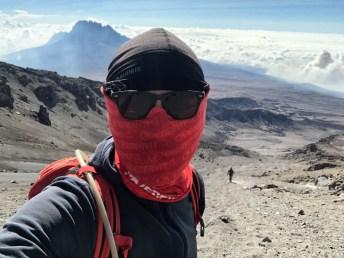 Trekking Kilimandzaro atak szczytowy zejscie