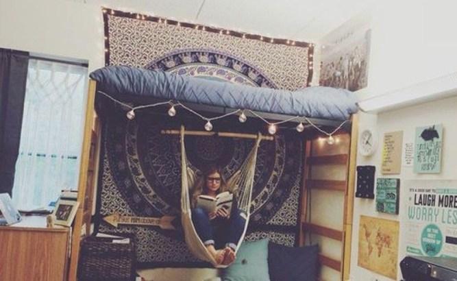 Efficient Dorm Room Organization Decor Ideas 32