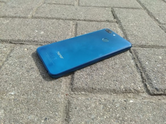 AOSP on the Honor 9 Lite – How Stock Android Made a Budget