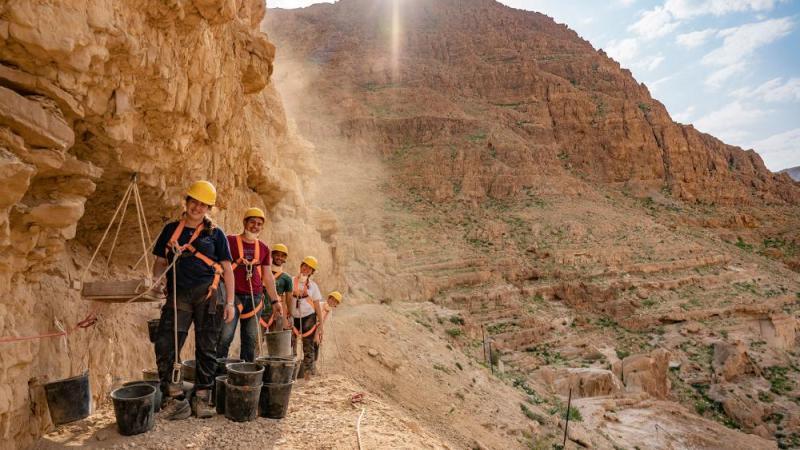 Dead Sea Scrolls Cave Excavations.  Photo: IAA 2021