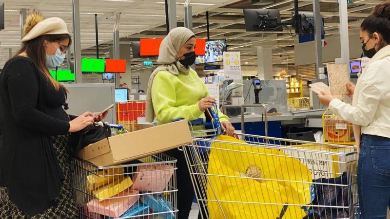 Israelis Shopping at Ikea, Photo Credit: CBN News