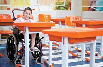 4506d0184 Crianças com deficiência são craques em inventar novas maneiras de ...