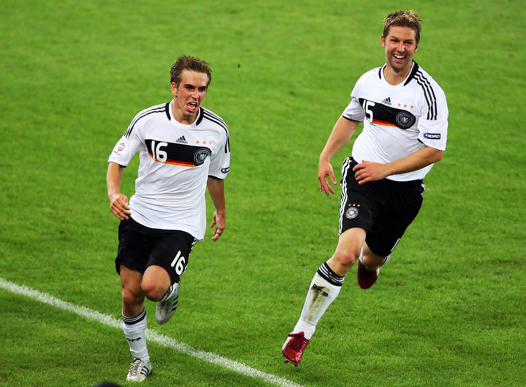 Thomas Hitzlsperger, Philipp Lahm - Philipp Lahm Photos - Germany ...