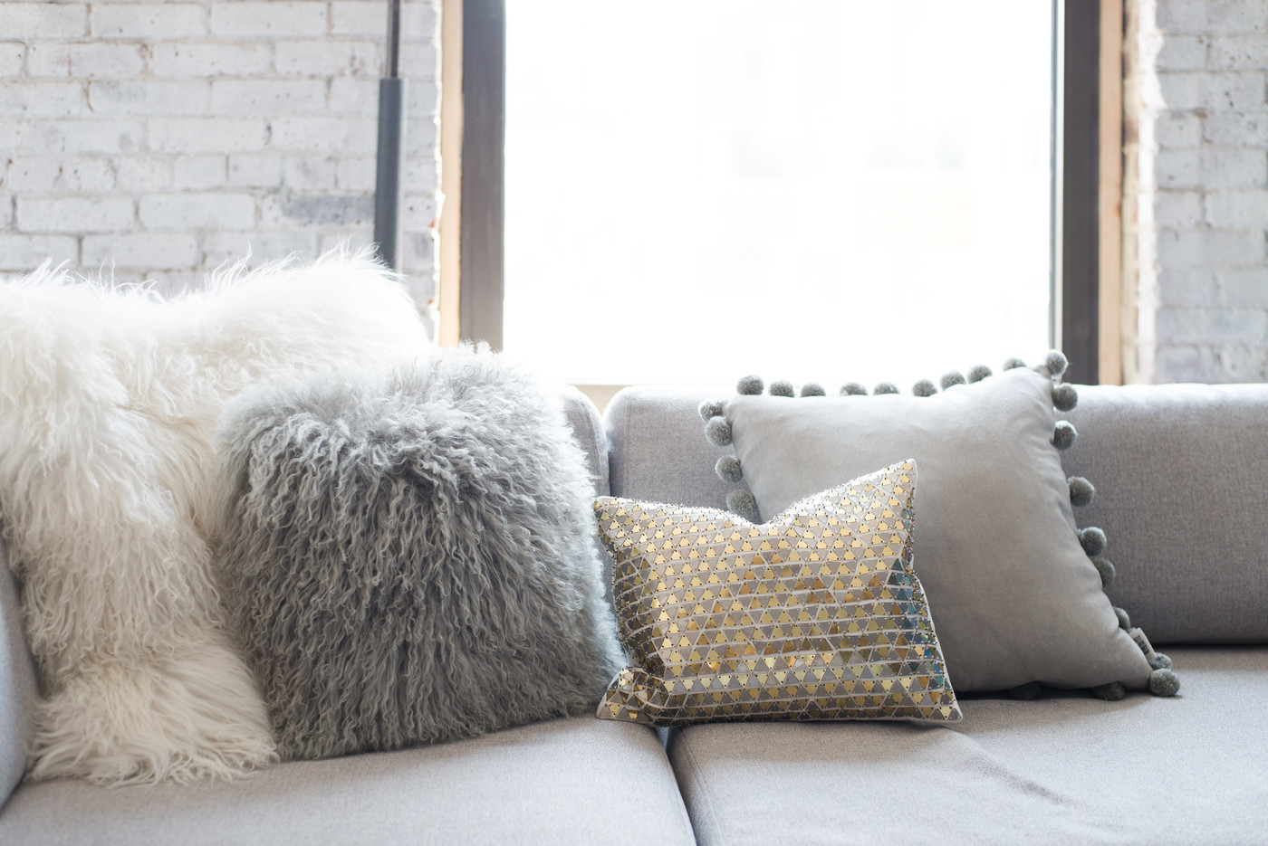 Fur Pillow Photos Design Ideas Remodel And Decor Lonny