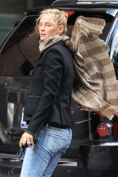 More Pics Of Uma Thurman Bootcut Jeans 5 Of 5 Jeans