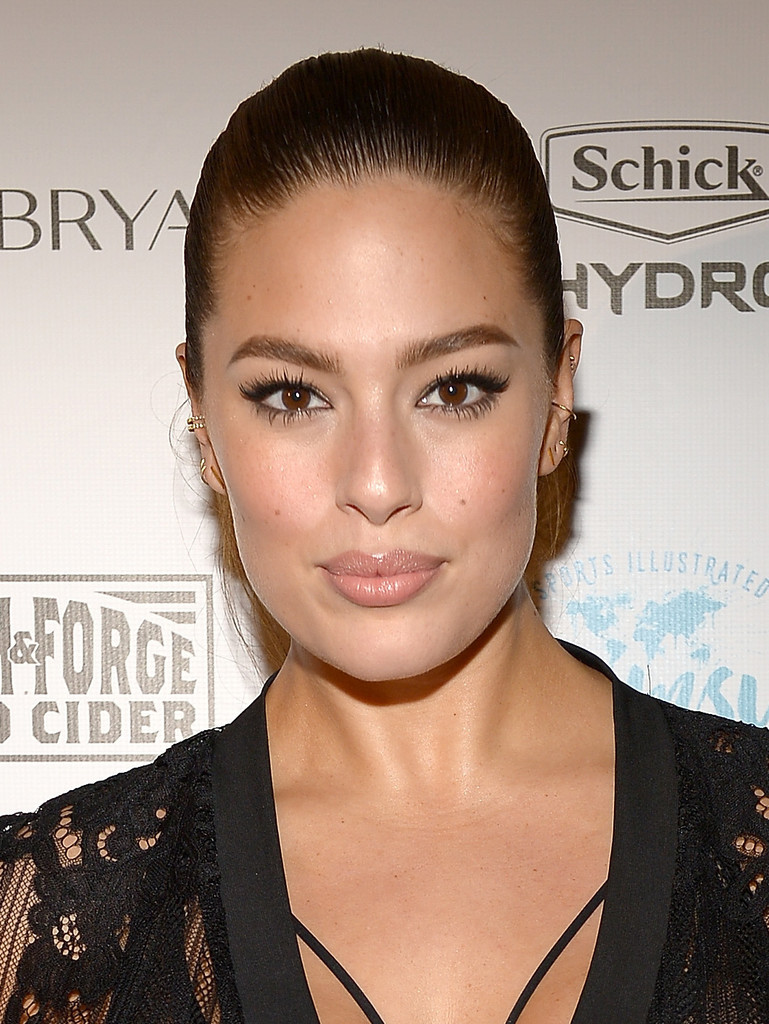 Ashley Graham Ponytail Ashley Graham Looks StyleBistro