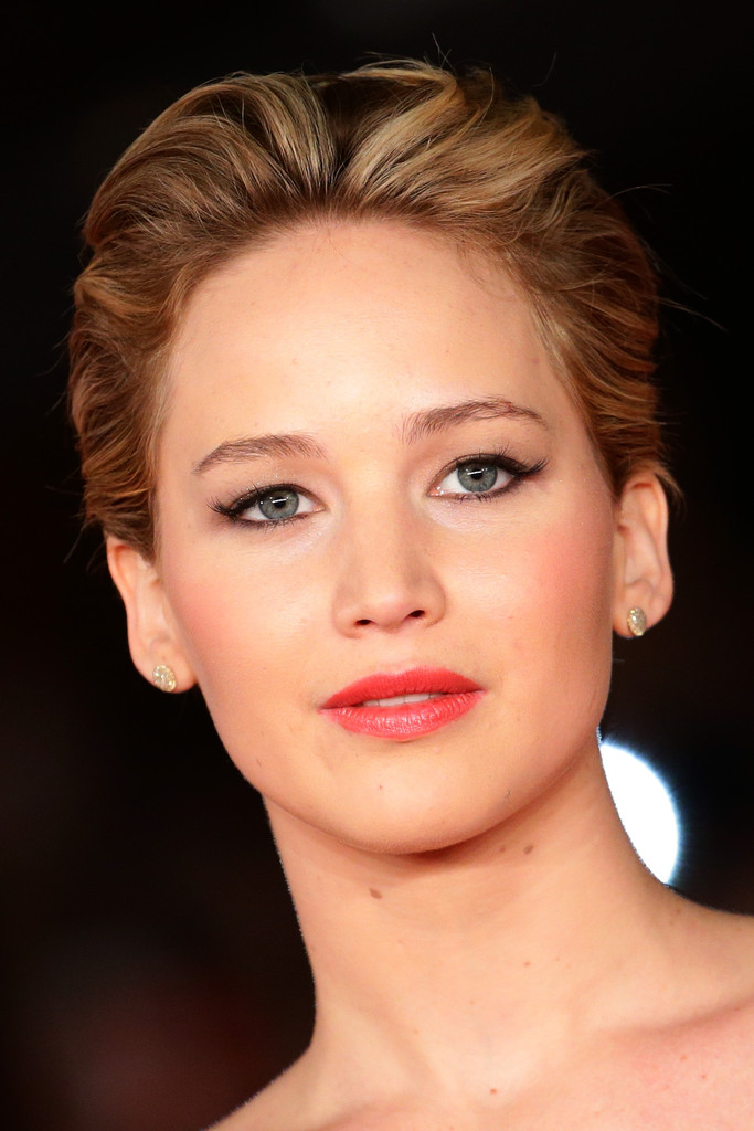 Jennifer Lawrence Short Wavy Cut Jennifer Lawrence Looks
