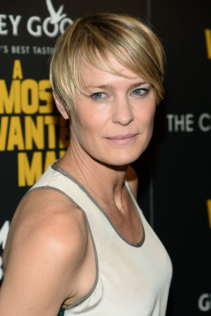 Robin Wright The Very Best Short Hairstyles StyleBistro