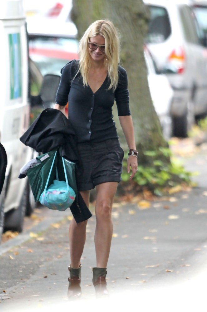 Gwyneth Paltrow Photos Photos Gwyneth Paltrow Out And