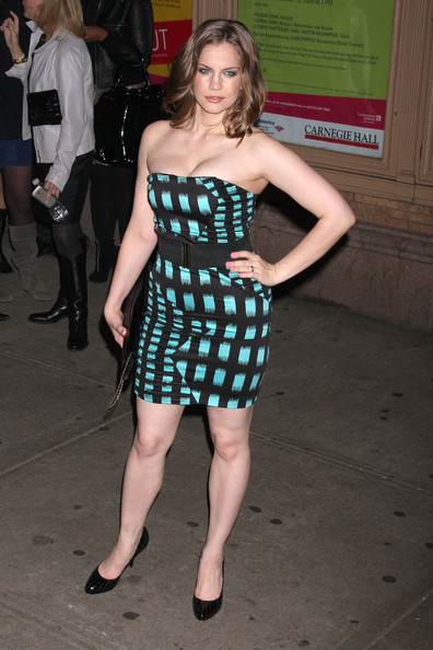 Anna Chlumsky In Glamour Women Of The Year Awards