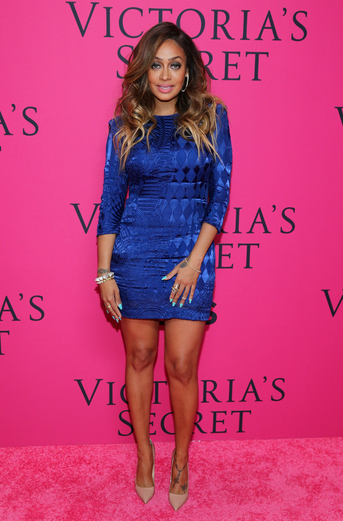 https://i2.wp.com/www1.pictures.zimbio.com/gi/Arrivals+Victoria+Secret+Fashion+Show+WbvUPWozoaKx.jpg