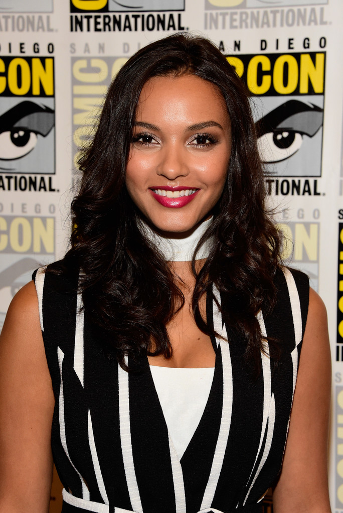 Jessica Lucas Photos Photos Comic Con International 2016