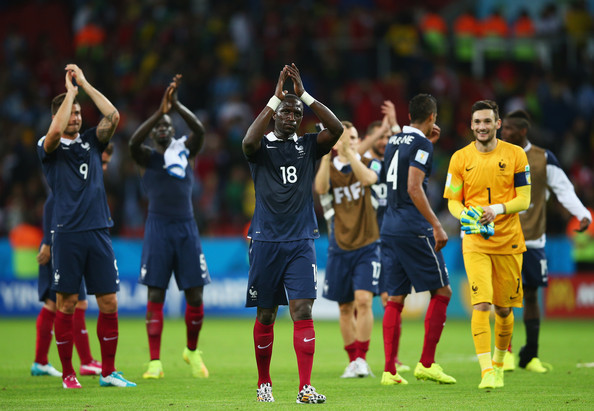 Moussa Sissoko (C) and goalkeeper Hugo Lloris of France acknowledge the fans after defeating Honduras 3-0 during the 2014 FIFA World Cup Brazil Group E match between France and Honduras at Estadio Beira-Rio on June 15, 2014 in Porto Alegre, Brazil.