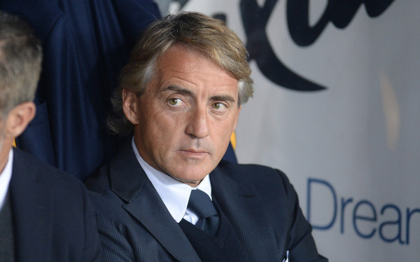 Head coach  of  FC Internazionale Milano Roberto Mancini looks on during the Serie A match between Hellas Verona FC and FC Internazionale Milano at Stadio Marc'Antonio Bentegodi on April 11, 2015 in Verona, Italy.