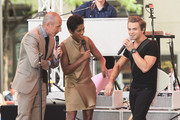 (L-R) Co-hosts Matt Lauer and Tamron Hall talk with musician Hunter Hayes about his henna-tattoed arm during his performance on NBC's 'Today' at the NBC's TODAY Show on August 22, 2014 in New York City.