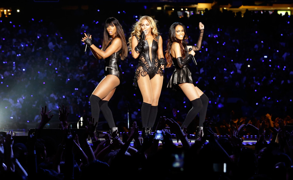 (L-R) Singers Kelly Rowland, Beyonce and Michelle Williams perform during the Pepsi Super Bowl XLVII Halftime Show at the Mercedes-Benz Superdome on February 3, 2013 in New Orleans, Louisiana.