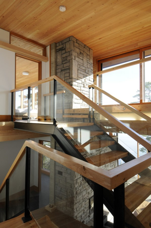 Cliff House In Ontario Canada By Altius Architecture