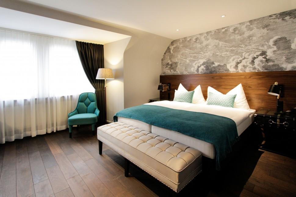 aeccafe city hotel zurich in switzerland by dyer smith frey. Black Bedroom Furniture Sets. Home Design Ideas