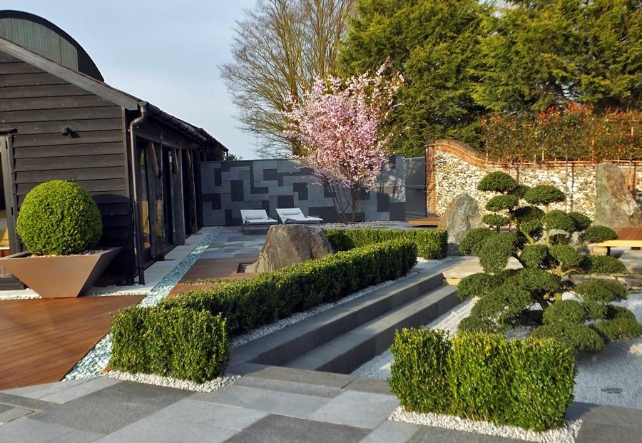 Contemporary japanese garden in london u k by for Contemporary japanese garden