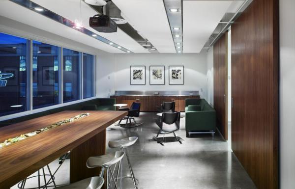 Saatchi Toronto boardroom2