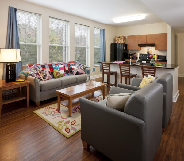 The Village apartments are designed to emphasize the transition that the upperclassmen who live there will soon be making to independent living, Image Courtesy © Jonathan Hillyer