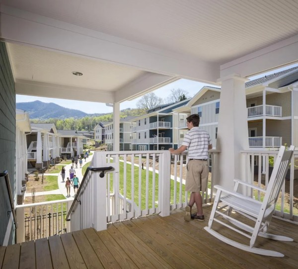 The Village at Young Harris College are self-contained apartments designed for upperclassmen. ,Image Courtesy © Jonathan Hillyer
