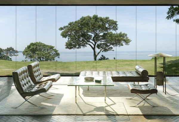 Philip Johnson's Glass House as experienced on the property., Image Courtesy ©  REX