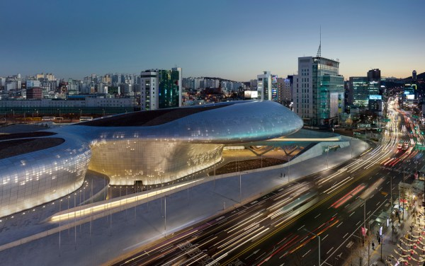 Dongdaemun Design Plaza - Zaha Hadid Architects