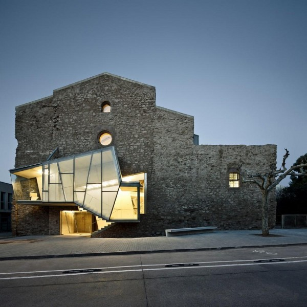 Sant Francesc Church Auditorium(2003-2011, David Closes, in Santpedor), Image Courtesy ©  Jordi Surroca