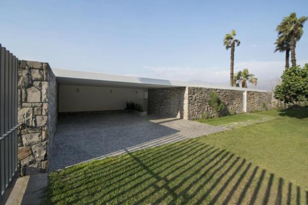 Image Courtesy © Adrian Noboa Architect