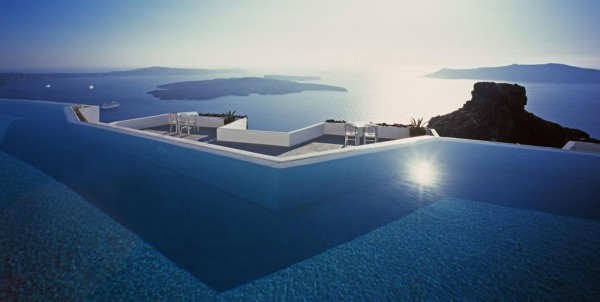 View from the infinity pool overlooking the sea, Image Courtesy © Erieta Attali