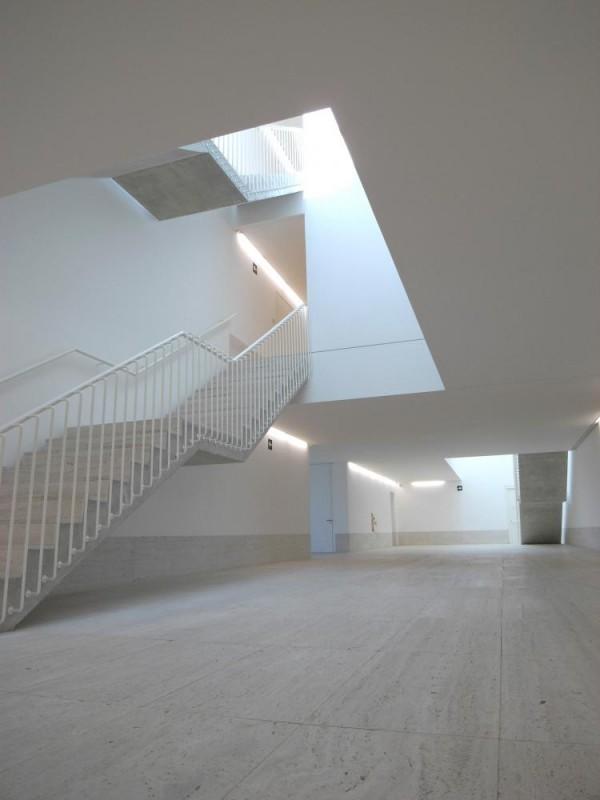 Interior. Access lobby, Image Courtesy © Taller básico de arquitectura s.l.