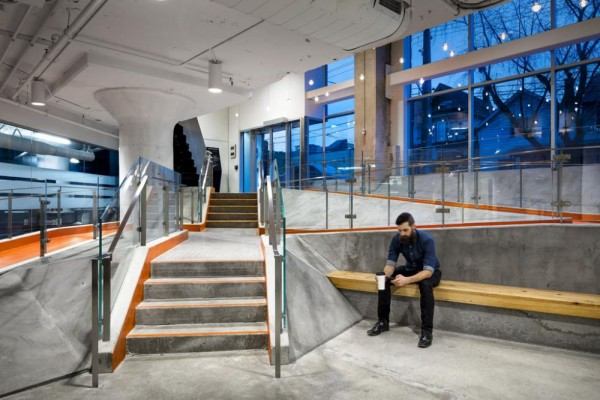 Giving up leasable space, the building's owner saw value in creating an interesting internal landscape and making 100 Broadview a distinct address, Image Courtesy © Brandon Barré